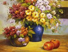 Puslespill med blomsterbukett i hver sin vase, to epler. Bilde